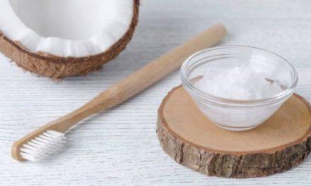Un dentifrice solide naturel, original et fait maison pour des dents bien propres