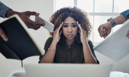 L'anxiété m'a valu d'être virée de 5 emplois… Voici comment j'ai réussi à m'en sortir