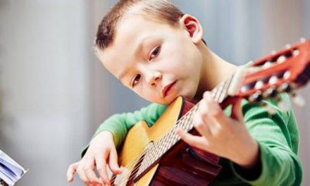 Enlevez la tablette à vos enfants et donnez-leurs un instrument de musique