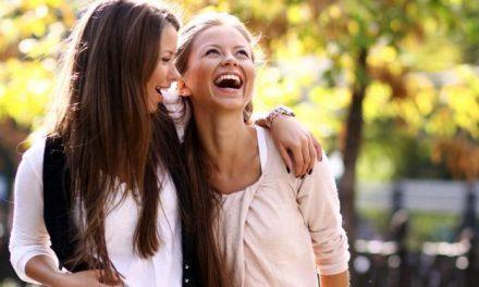 Les psychologues vous conseillent d'être ami avec les personnes qui disent souvent des gros mots
