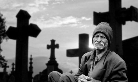 Il n'y a rien de plus difficile que de perdre un être cher, voici les conseils d'un vieil homme pour faire son deuil