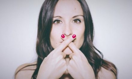 15 secrets que les femmes cachent à leur homme