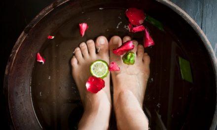 Voici comment détoxifier et évacuer les produits chimiques et les toxines à travers vos pieds ?
